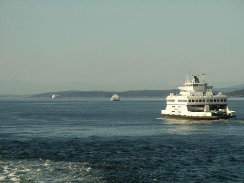 ferries_connecting_gulf_island